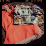 New in: fluo and flowers