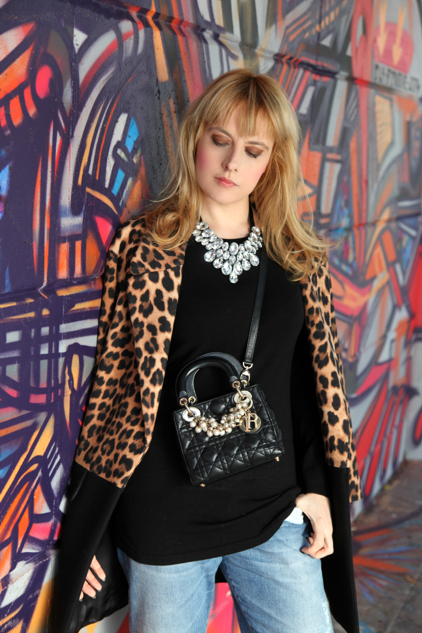 Sunday's look: cappotto animalier e slippers dorate, alessia milanese, thechilicool, fashion blog, fashion blogger, lady dior bag