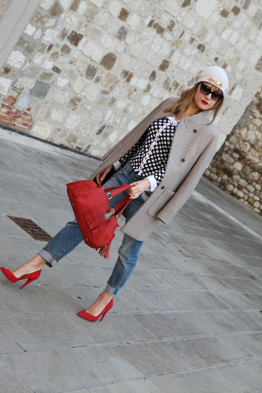 Red details & polka dots, alessia milanese, thechilicool, fashion blog, fashion blogger, cappotto peserico
