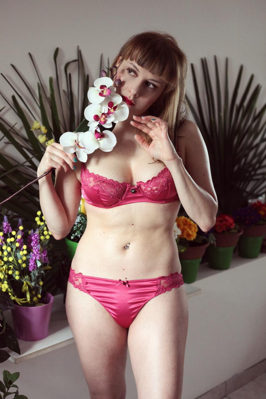 Nonostante. L'amore ed un balconcino color ciliegia., alessia milanese, thechilicool, fashion blog, fashion blogger, MYPLANET intimo