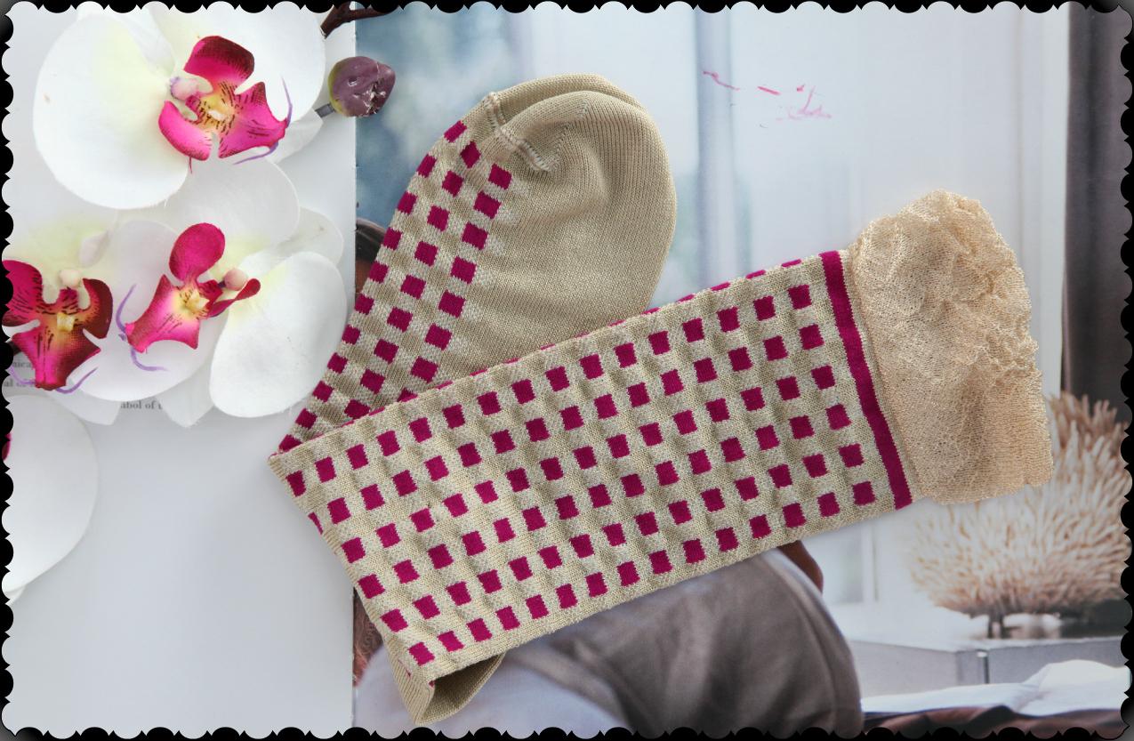 Un cappotto, gioielli come emozioni e l'aria pungente di Marzo, alessia milanese, thechilicool, fashion blog, fashion blogger, miagioia gioielli, bugiebycoccoli calze, btype jewels