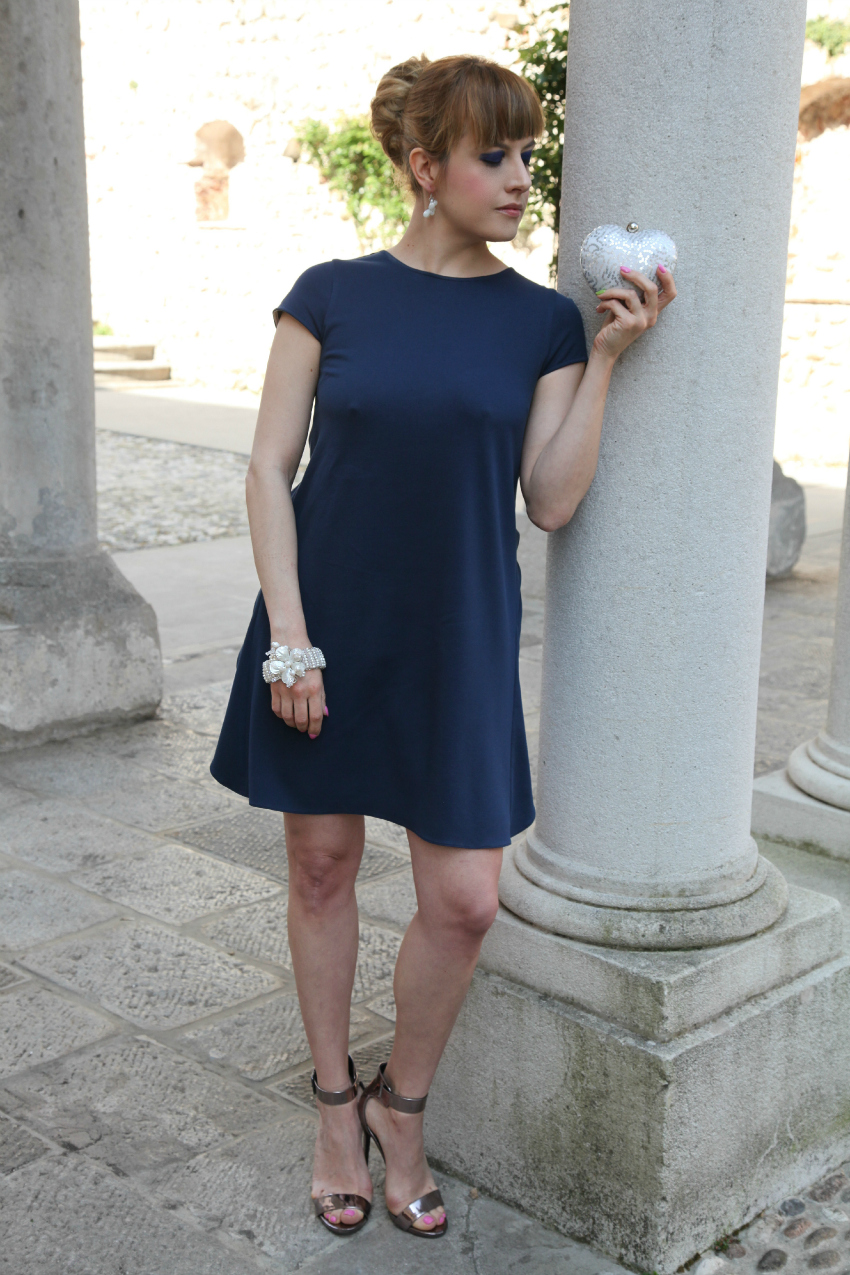 In blue, alessia milanese, thechilicool, fashion blog, fashion blogger, princesse metropolitaine